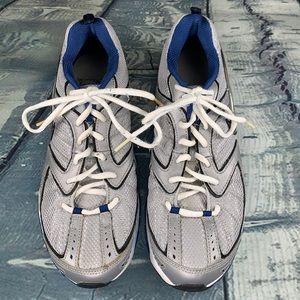 Nike blue & white Air Max run 11 size 7 1/2